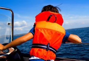 спасательный жилет для вашего ребенка